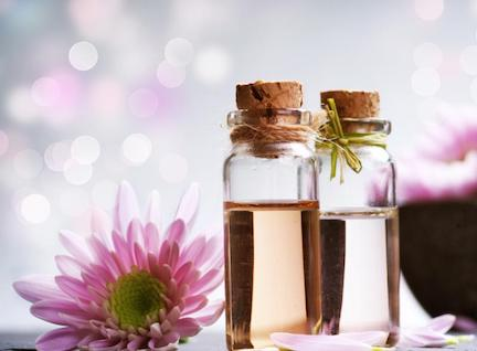 AROMATHERAPY AT HOME: HOW TO USE ESSENTIAL OILS